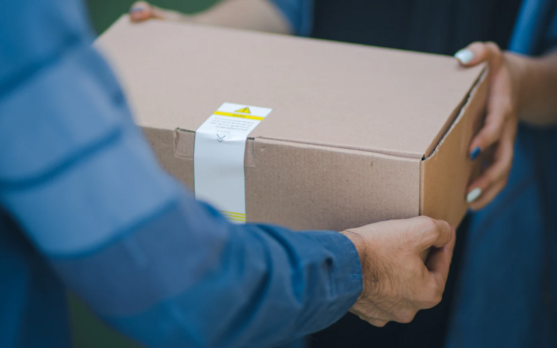 How to Start a Courier Service in the UK